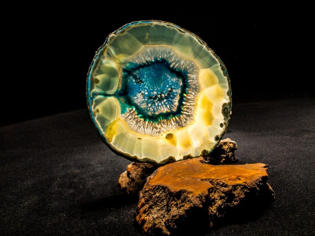 Are Agates Valuable rocks - The True Worth of Agates