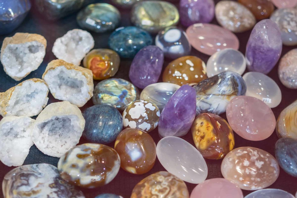 What rocks can be tumbled together