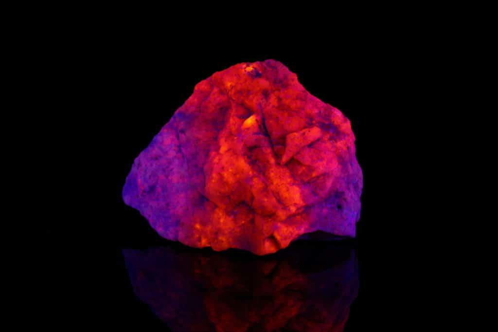 Rockhounding with UV Light & 3 Best UV Lights in 2021