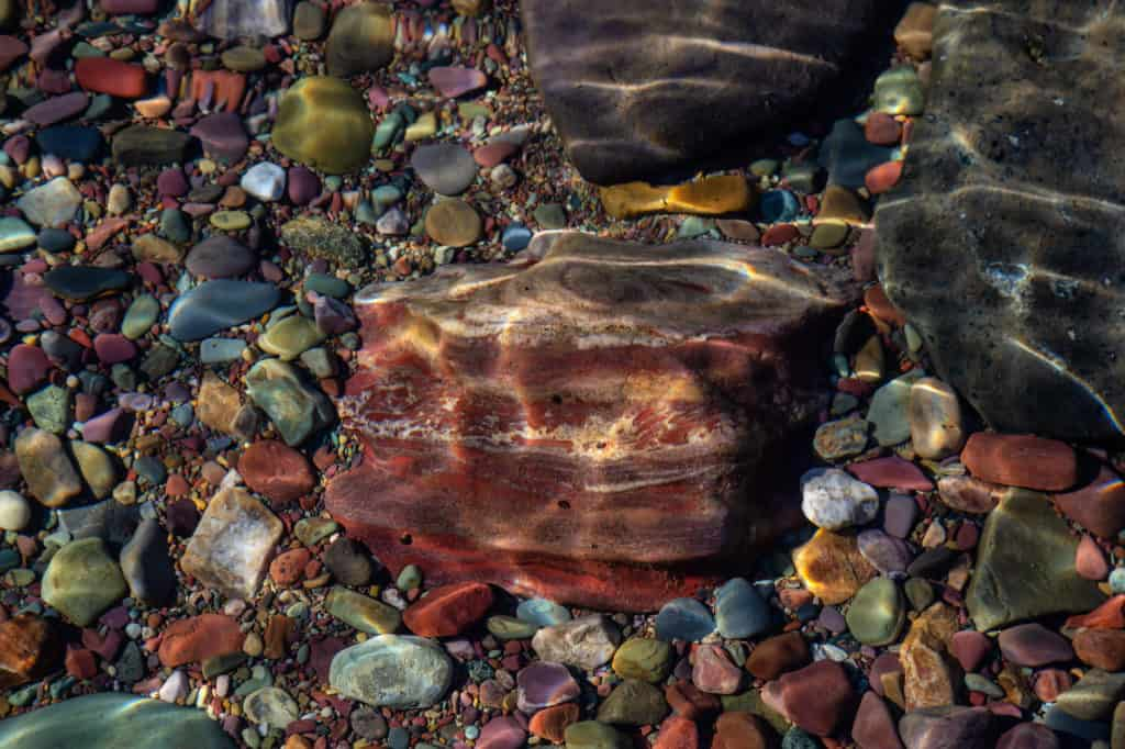 Why Do Rocks Have Different Colors & What Determines the Color of a Rock?